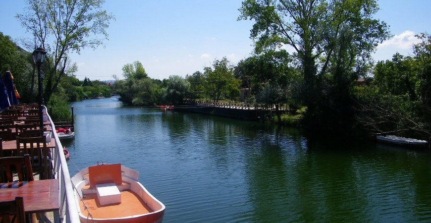 Black Sea Tour From Istanbul for Sile & Agva is one of the best option to escape into nature. It is an natural and relaxing tour. You will see the naturel green forest and visit old fishing villages. Best way to explore Black Sea in a day from Istanbul. You will love Sile & Agva towns on the Black Sea.