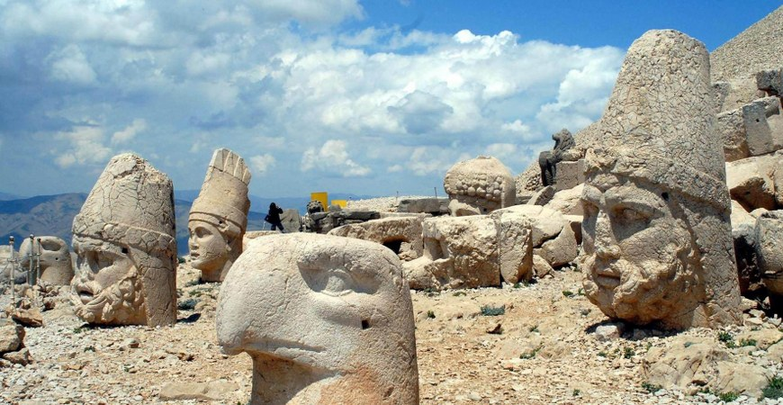 Tour to Nemrut