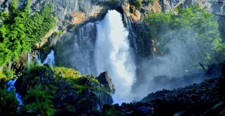 Kapuzbasi Waterfalls Cappadocia Tour